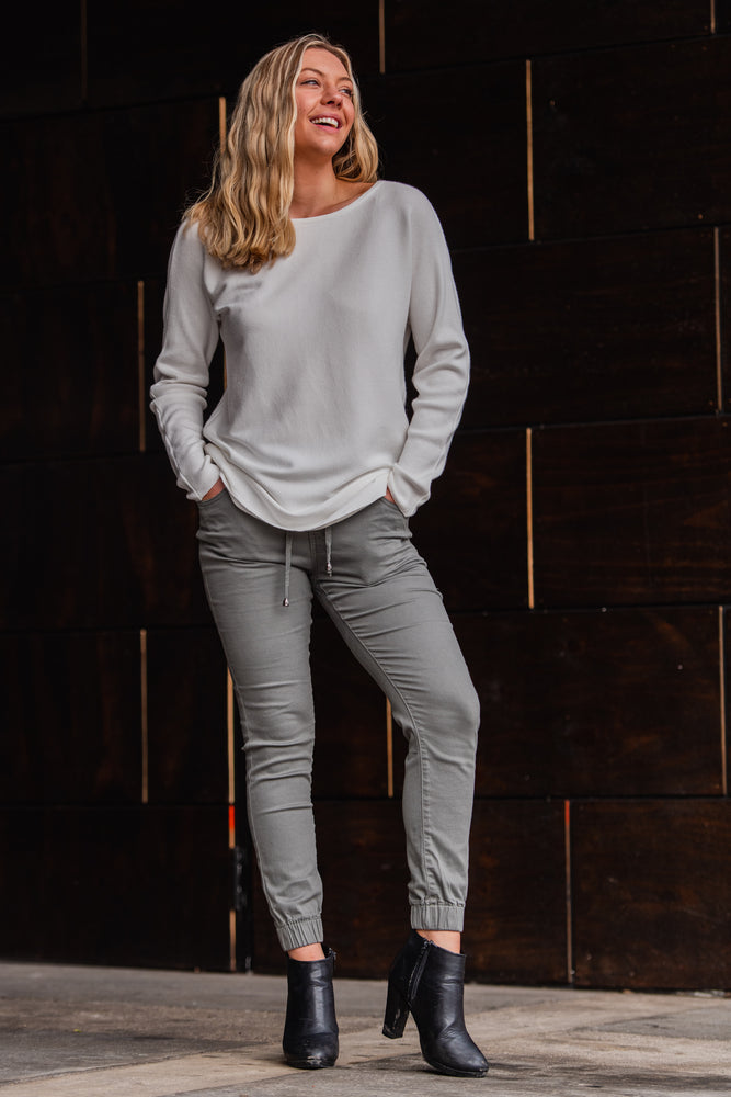 Load image into Gallery viewer, Country Denim Australia Weekend Jogger Washed Khaki (Best Seller)