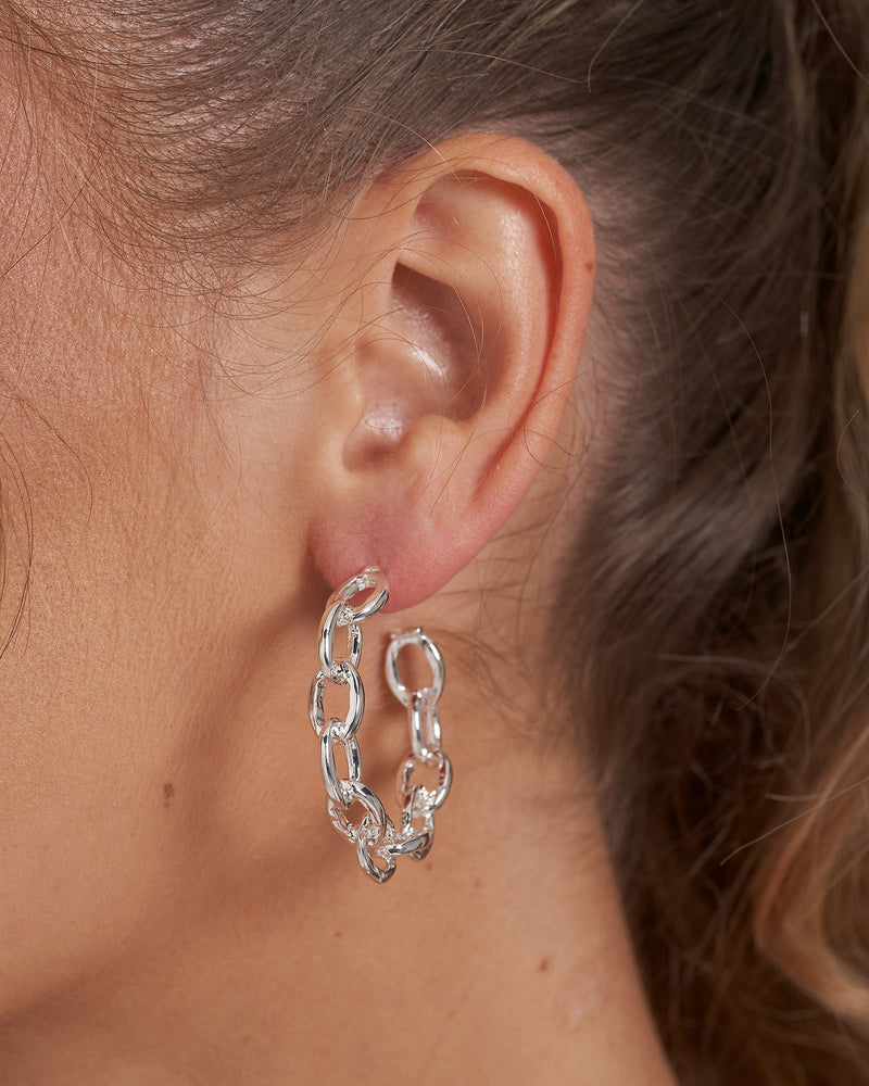 Izoa Tiki Chain Hoop Earrings Silver