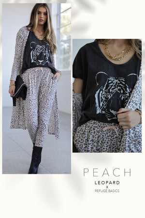 Load image into Gallery viewer, Refuge Clothing - Ladies Peach Leopard Basic Drop Crotch Super Soft Pants