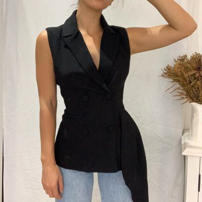 Load image into Gallery viewer, Ivory & Chain Bella Sleeveless Blazer in Black