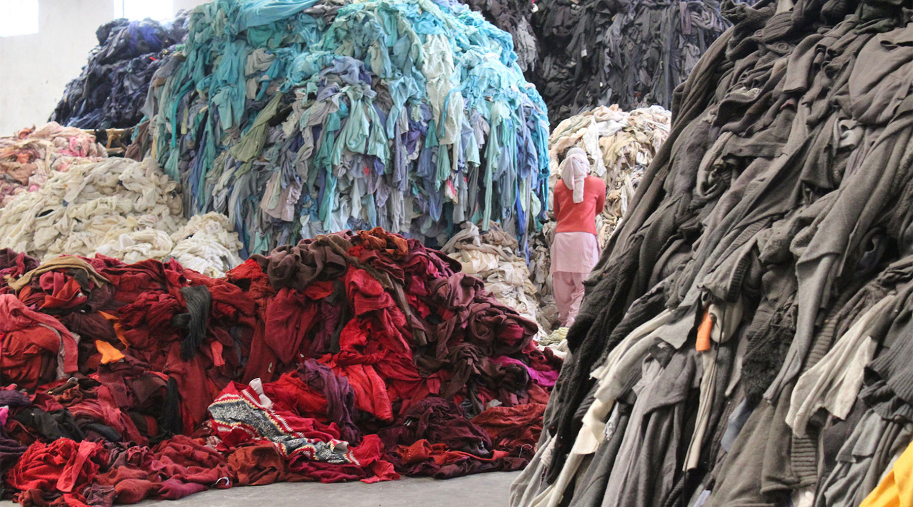 6 Major Benefits of Upcycling in the Fashion Industry
