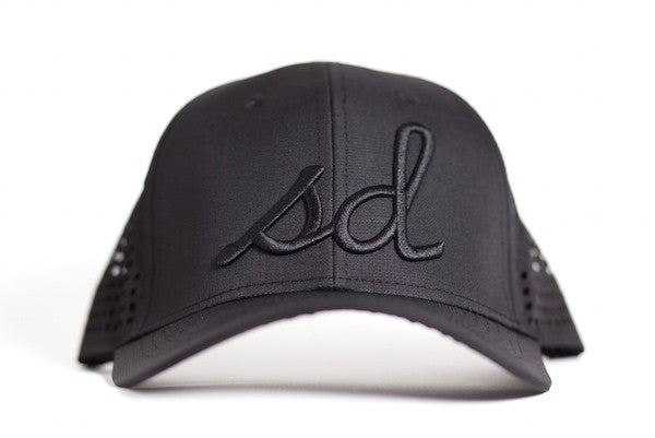 PERFORMANCE SNAPBACK - STEALTH (BLACK)
