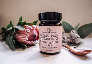 KAKADU PLUM +  AUSTRALIAN CLAY  CLEANSING GRAINS