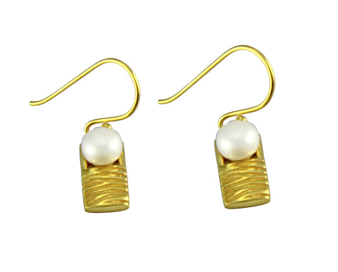 Staircase to the Moon Earrings Gold