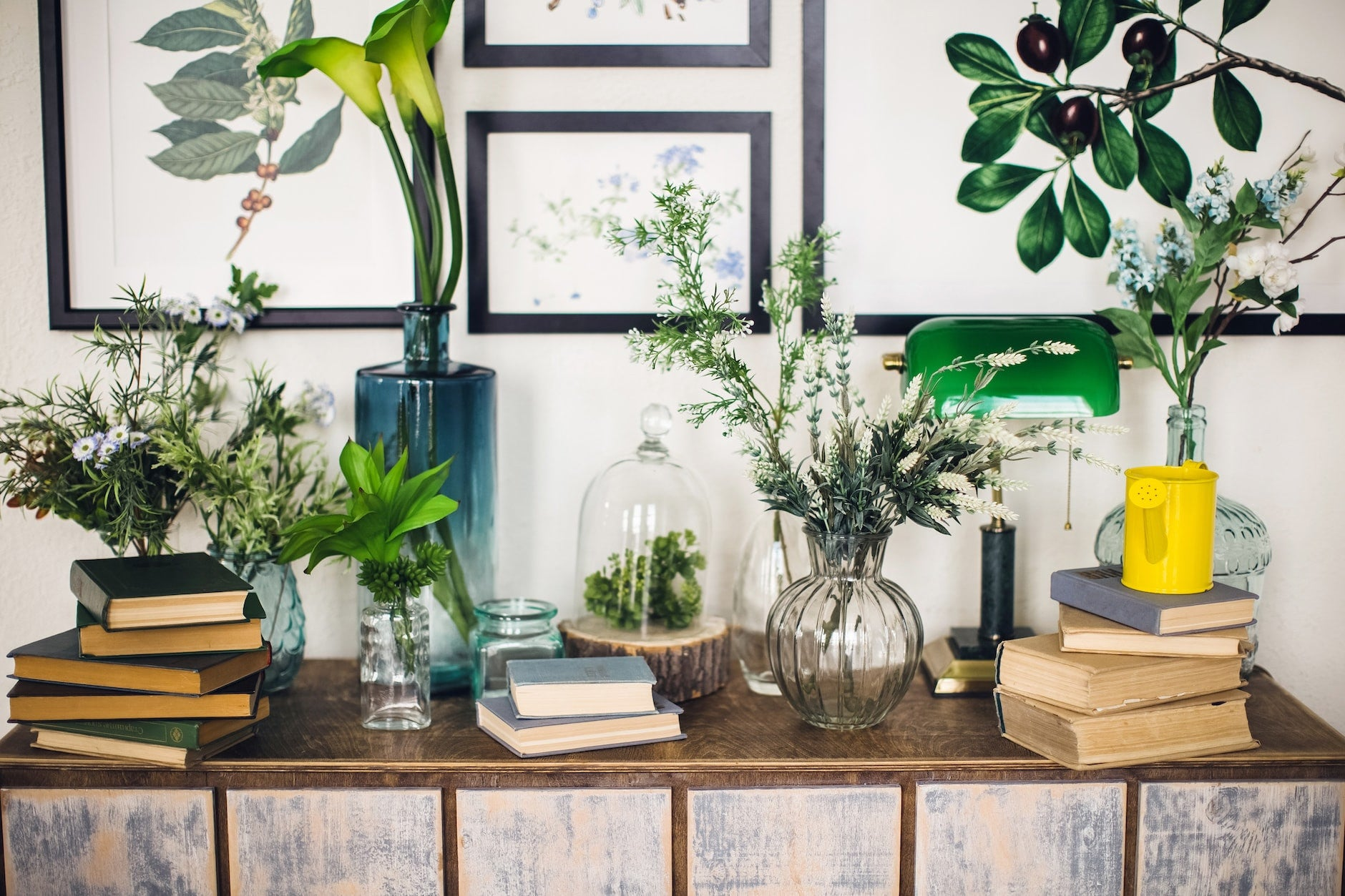 Master the Art of Display - Learn how to Turn Heads with Your Decor