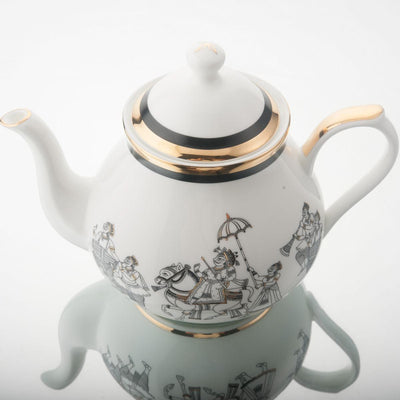 Byah Tea Pot, Creamer & Sugar Pot by Kaunteya