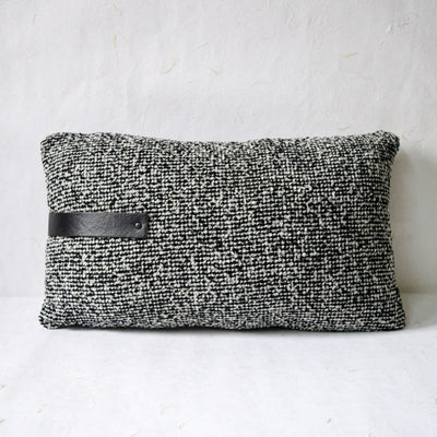 black-and-white-patterned-cushion-with-filler-1-home-artisan