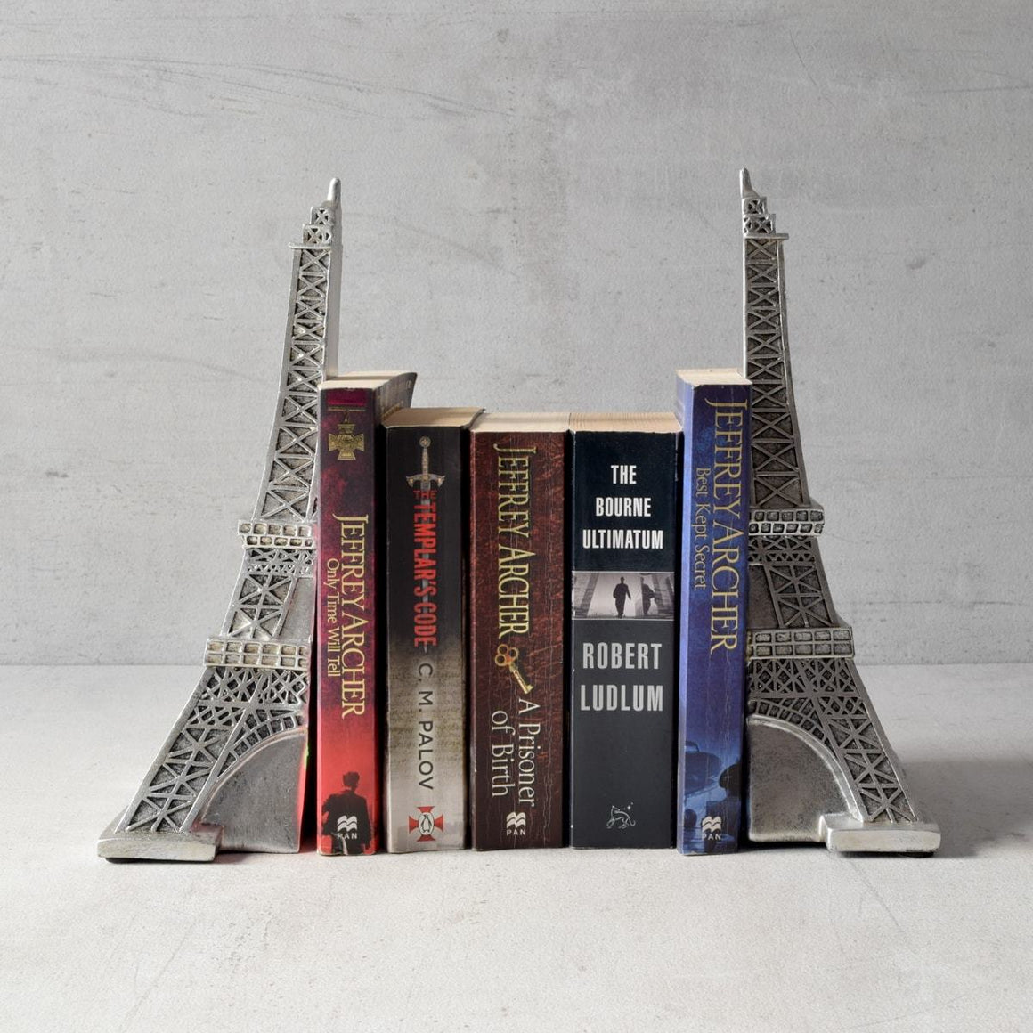 beautiful bookends buy home decor online in india home artisan eiffel tower bookend home artisan