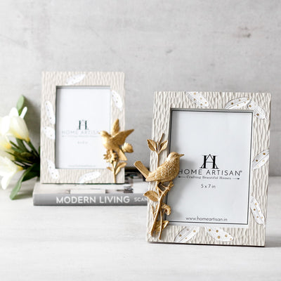 Casey Perched Bird Photo Frame