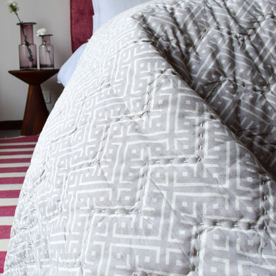 Reese Beige and White Geometric Print Quilt - Home Artisan_2