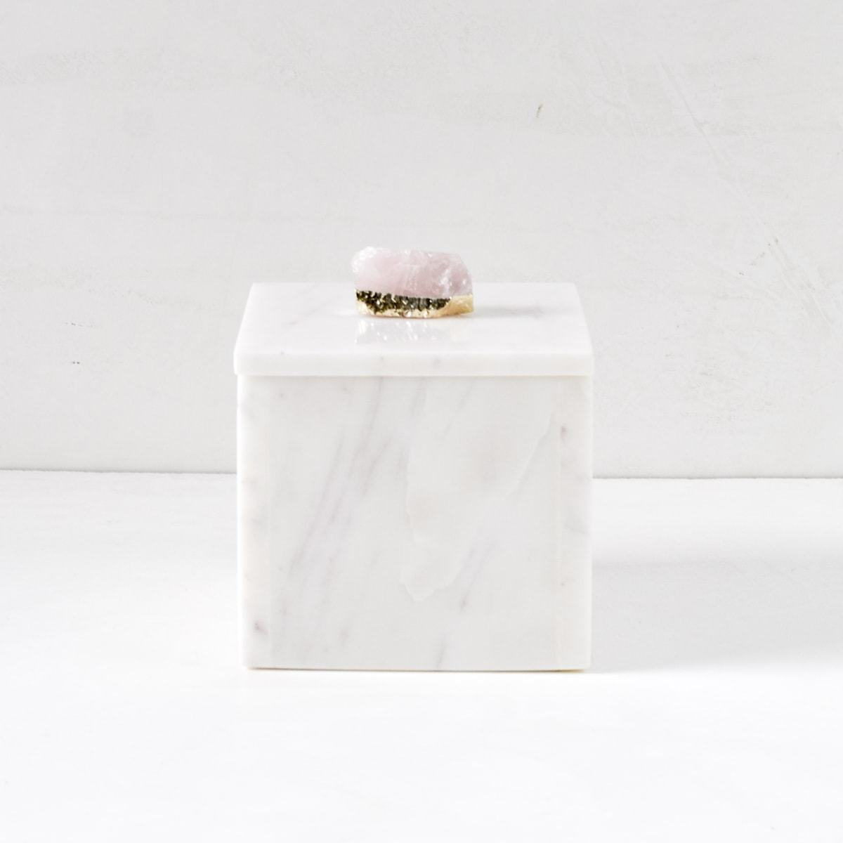 Cresta Marble Box with Rose Quartz Piece