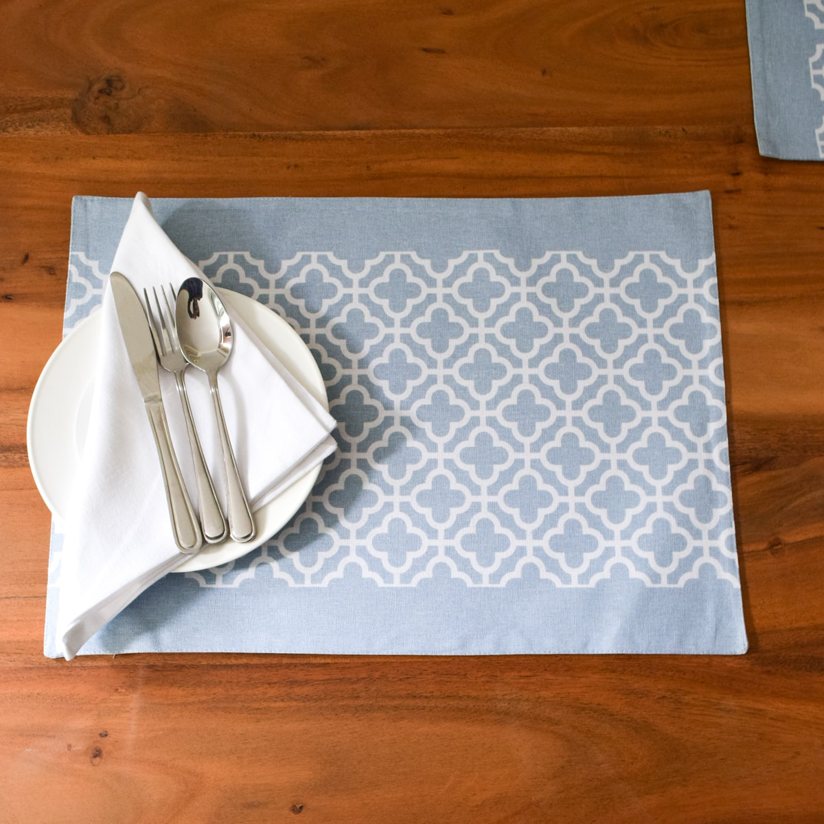 Eileen Blue and White Trellis Placemats with Napkins - Set of 2 - Home Artisan_1