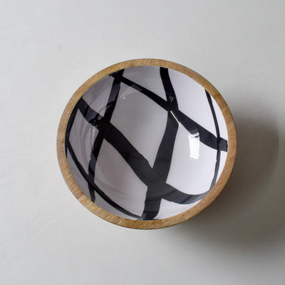 Stark Mango Wood Bowl with Monochromatic Mesh Design - Home Artisan_3