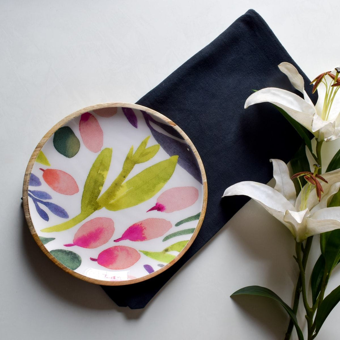 Marbela Mango Wood Platter with Floral Pattern - Home Artisan