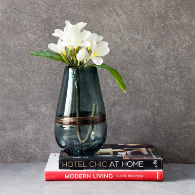 Saltzer Glass Vase - Home Artisan