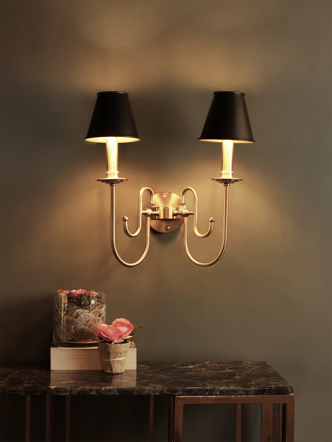 Carsten Wall Lamp