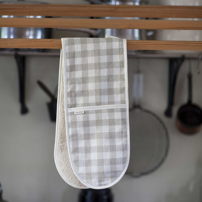 Natural Check Linen Oven Gloves