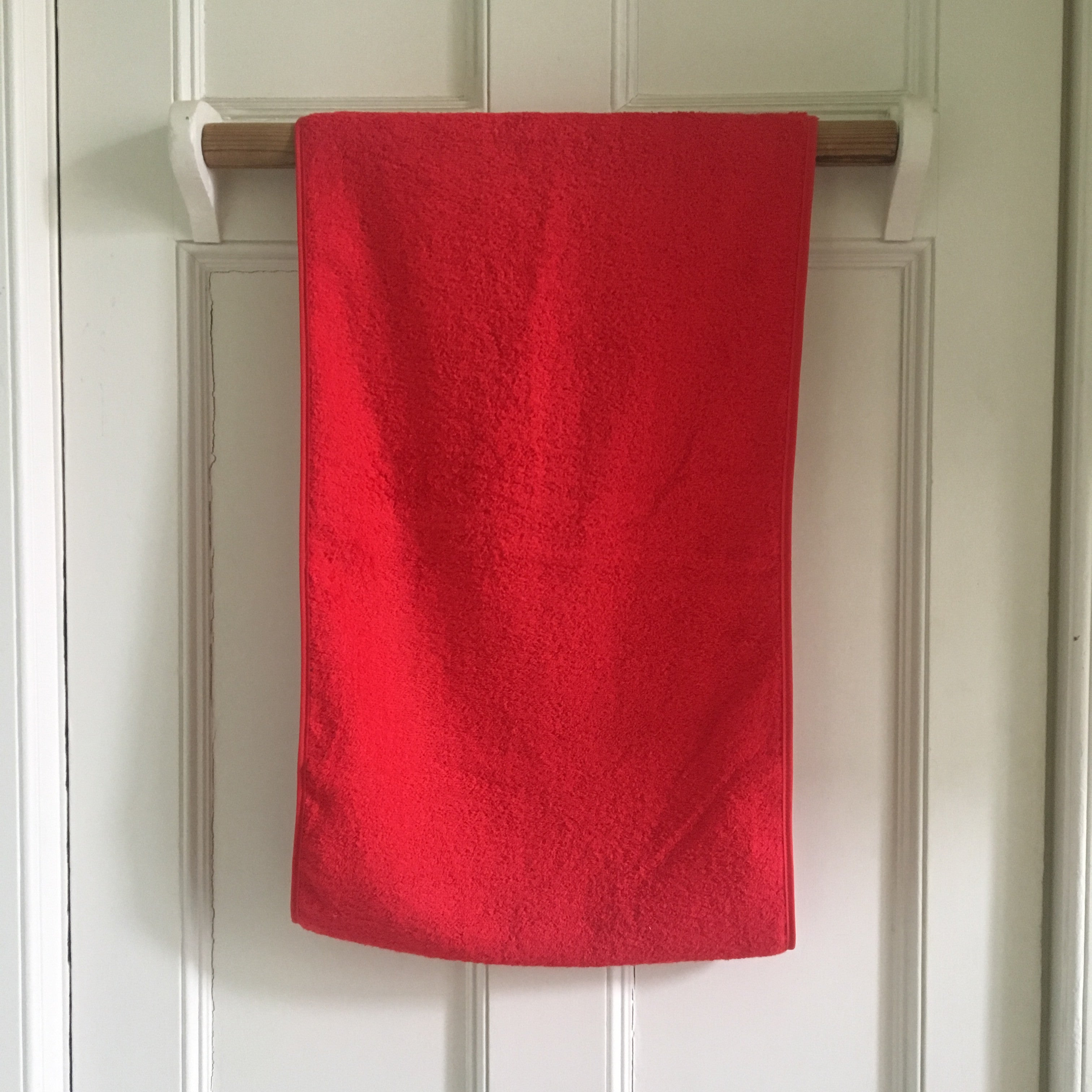 Roller Towel in red