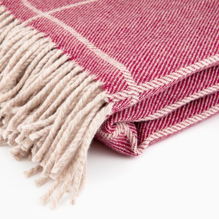 Scottish Wool Throw / Cranberry