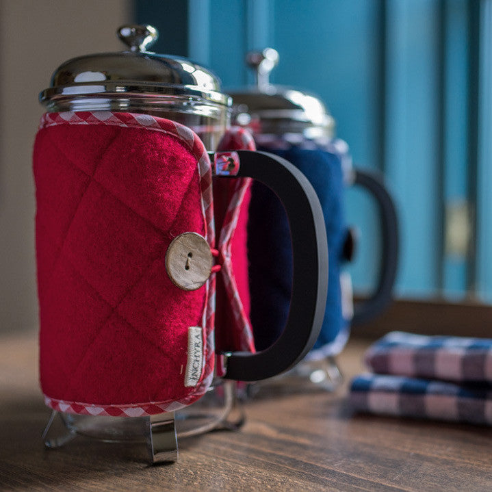 Inchyra red and blue cafetiere thermal cover