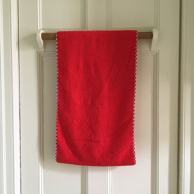 Red Gingham Edge Roller Towel