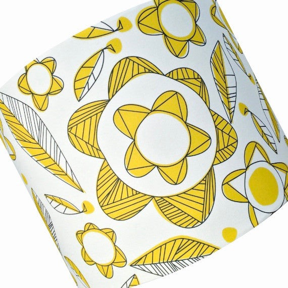 Lampshade in Meakin fabric