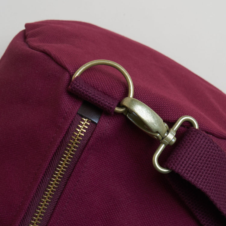 Classic Weekender - Bordeaux Red