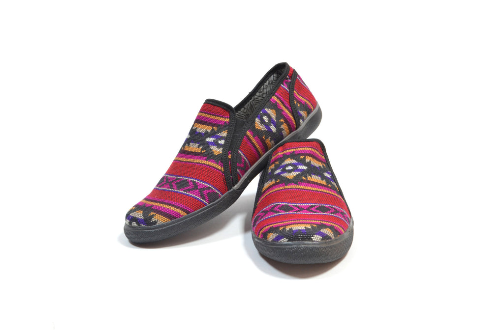 SISAY SLIP ON MOCCASINS - BLACK & FUCHSIA