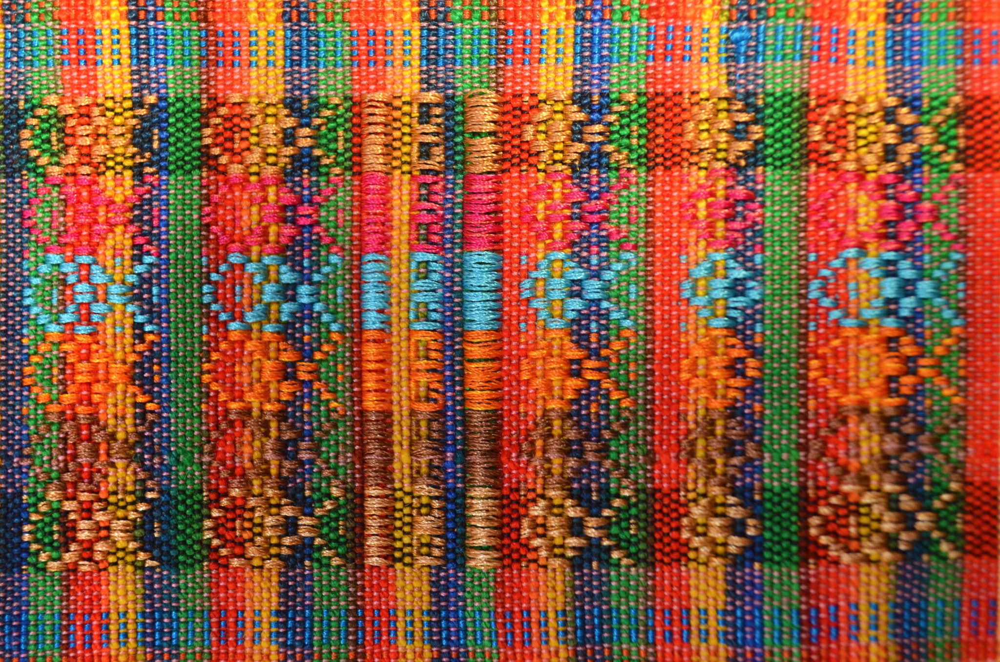 WOVEN BELT - MULTICOLOR THREADS