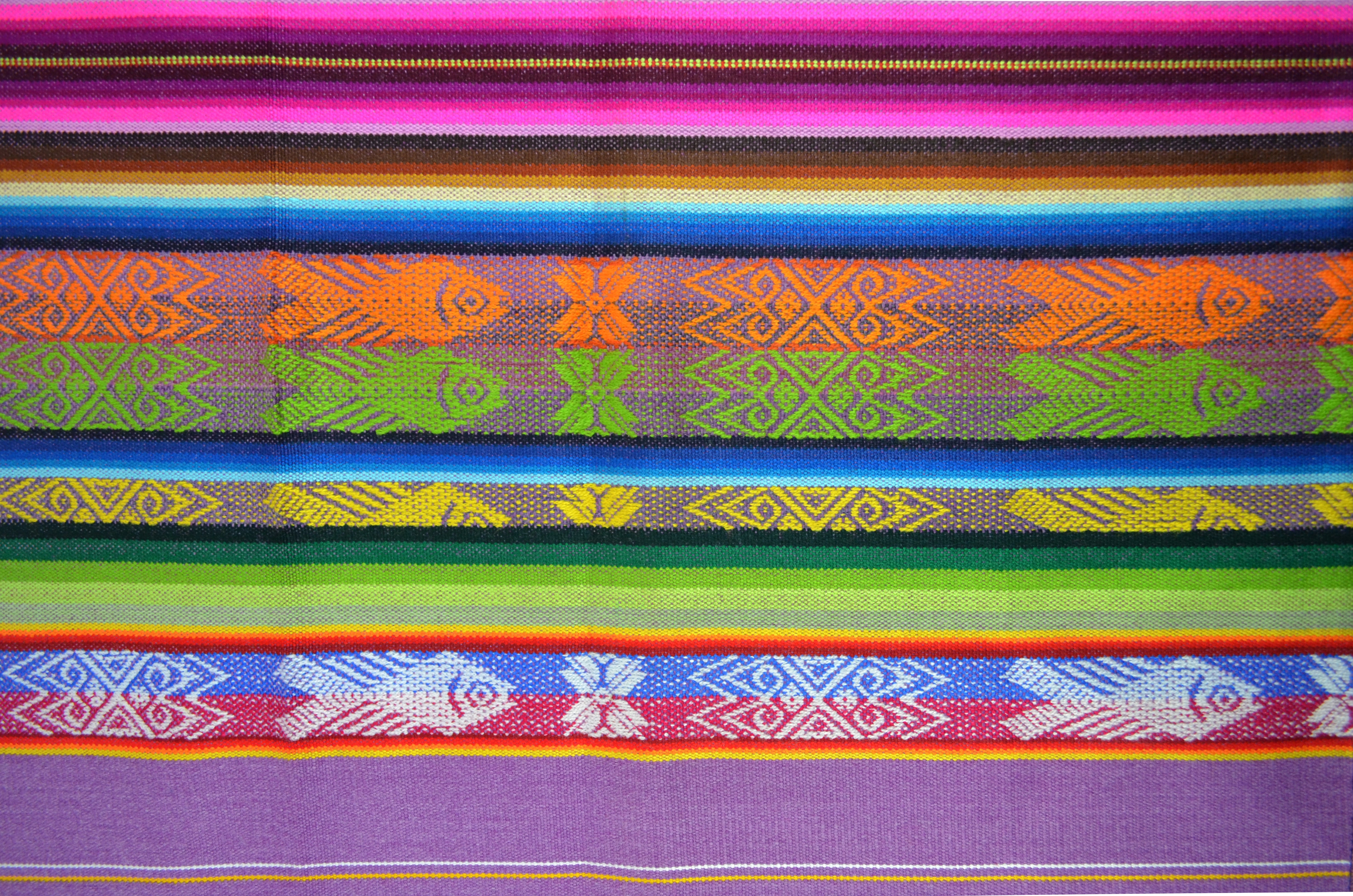 OTAVALO TABLE RUNNER  - LILA