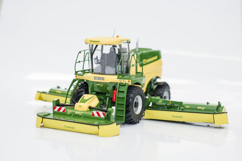 NEW! KRONE BiG M 450 Self Propelled Mower Scale Model 1.32 Scale