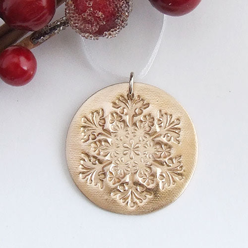 Handmade bronze round metal snowflake christmas decoration ornament 1