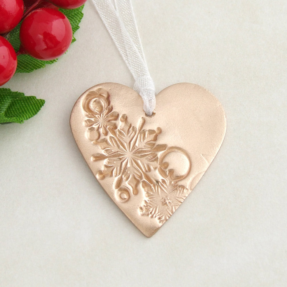 Handmade bronze metal heart shaped Christmas decoration ornament 1