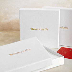 Bonschelle white gift box