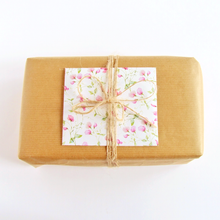 Load image into Gallery viewer, Handmade gift message envelope by Bonschelle
