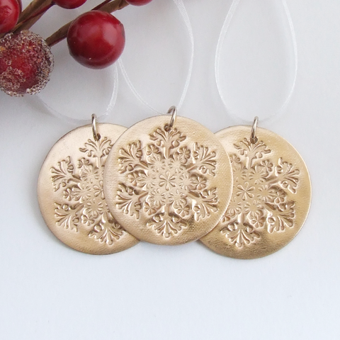 Bronze round metal snowflake Christmas hanging ornament