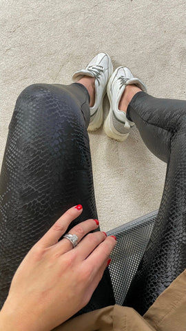 SNAKE PU LEGGINGS