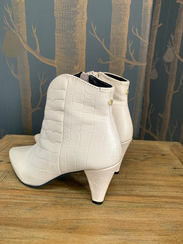 RAVEL LEVISA BOOT