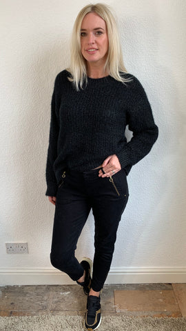 SOFIE SCHNOOR BLACK ZIP PANTS