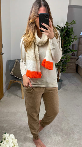 FUNKY KNITTED SCARF