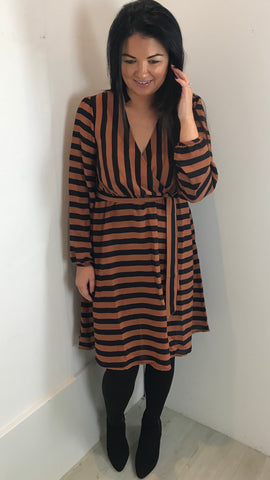 TRAFFIC PEOPLE DEFINITELY STRIPE WRAP DRESS