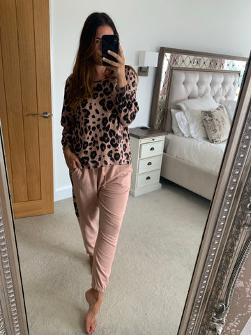 LEOPARD ZIP SWEAT