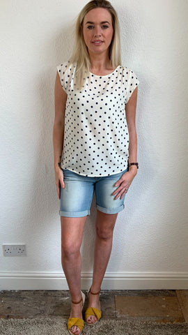 SAINT TROPEZ POLKA DOT TOP WITH SHORT SLEEVES