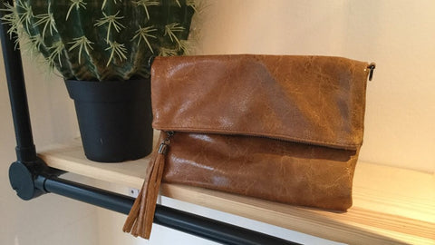 ENVELOPE TAN CLUTCH BAG