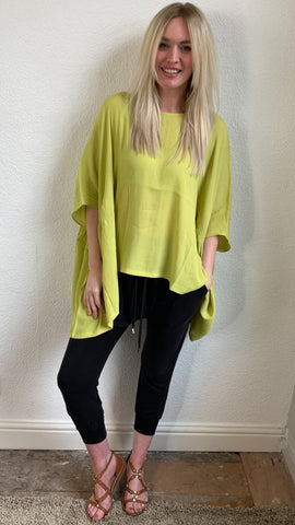 Eb & Ive Lucia top