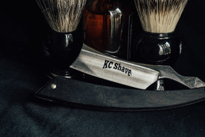 The Man Card Straight Razor