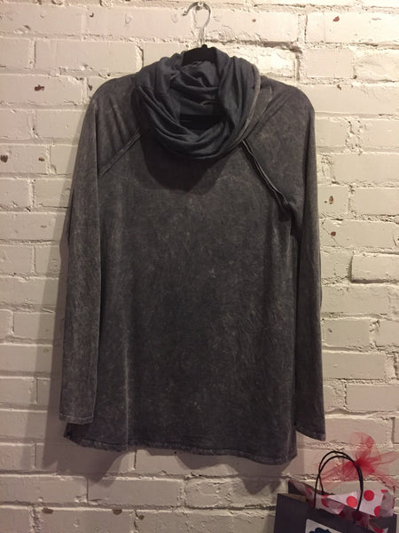 The Grey Mineral Washed Top