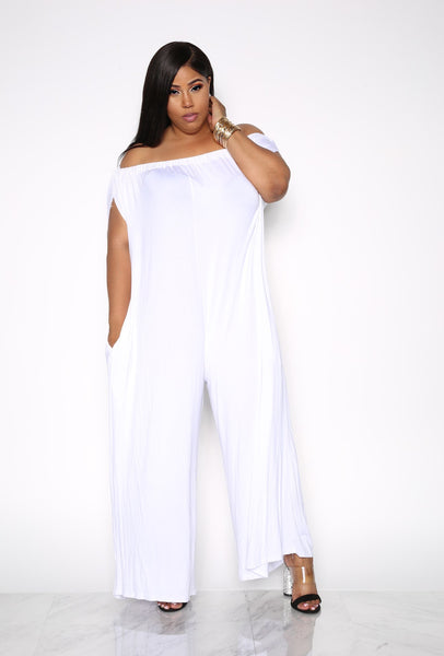 SIMPLICITY OFF THE SHOULDER PLUS JUMPSUIT - WHITE