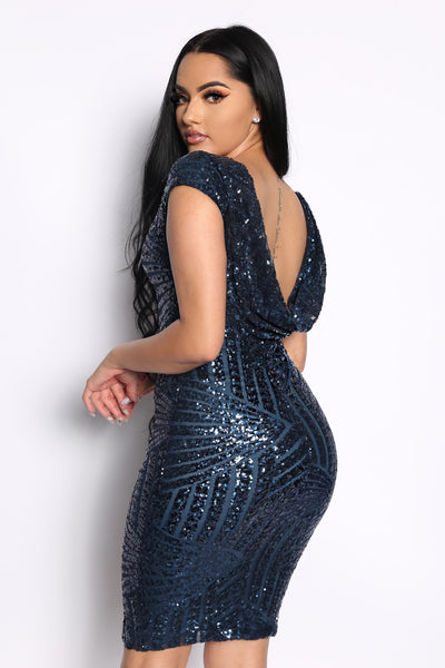 BANQUET BACK OUT SEQUIN DRESS