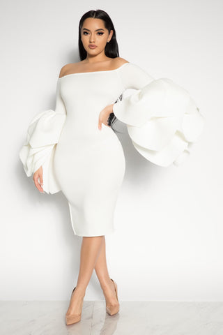 LEADING ROLE OFF THE SHOULDER DRESS - WHITE